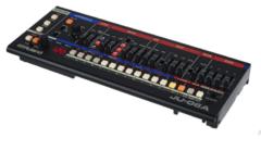 Roland JU-06A Модульный синтезатор